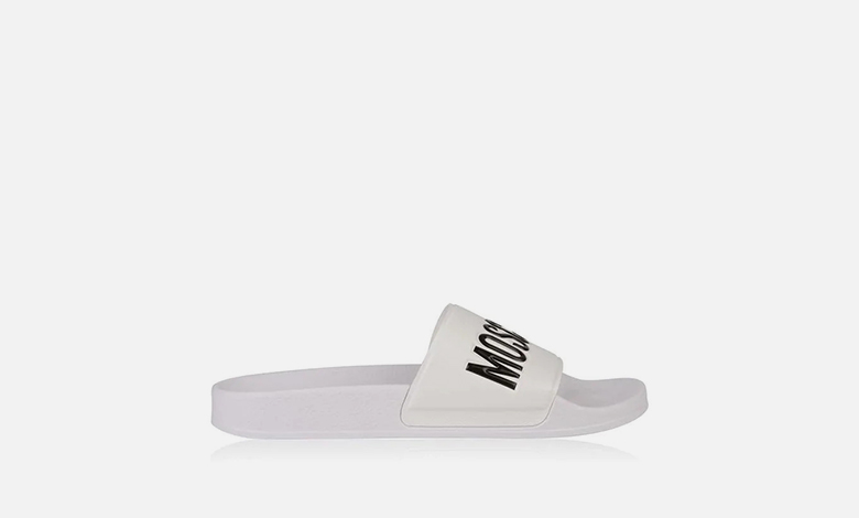 Moschino print sliders