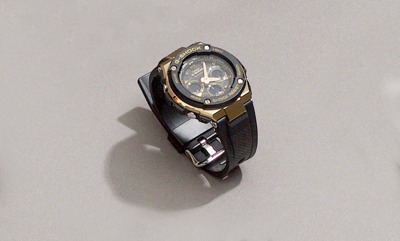 G Shick GST W300G black and gold watch